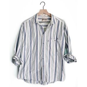 Levi's • Men's Silver Tab Button Up Striped Shirt